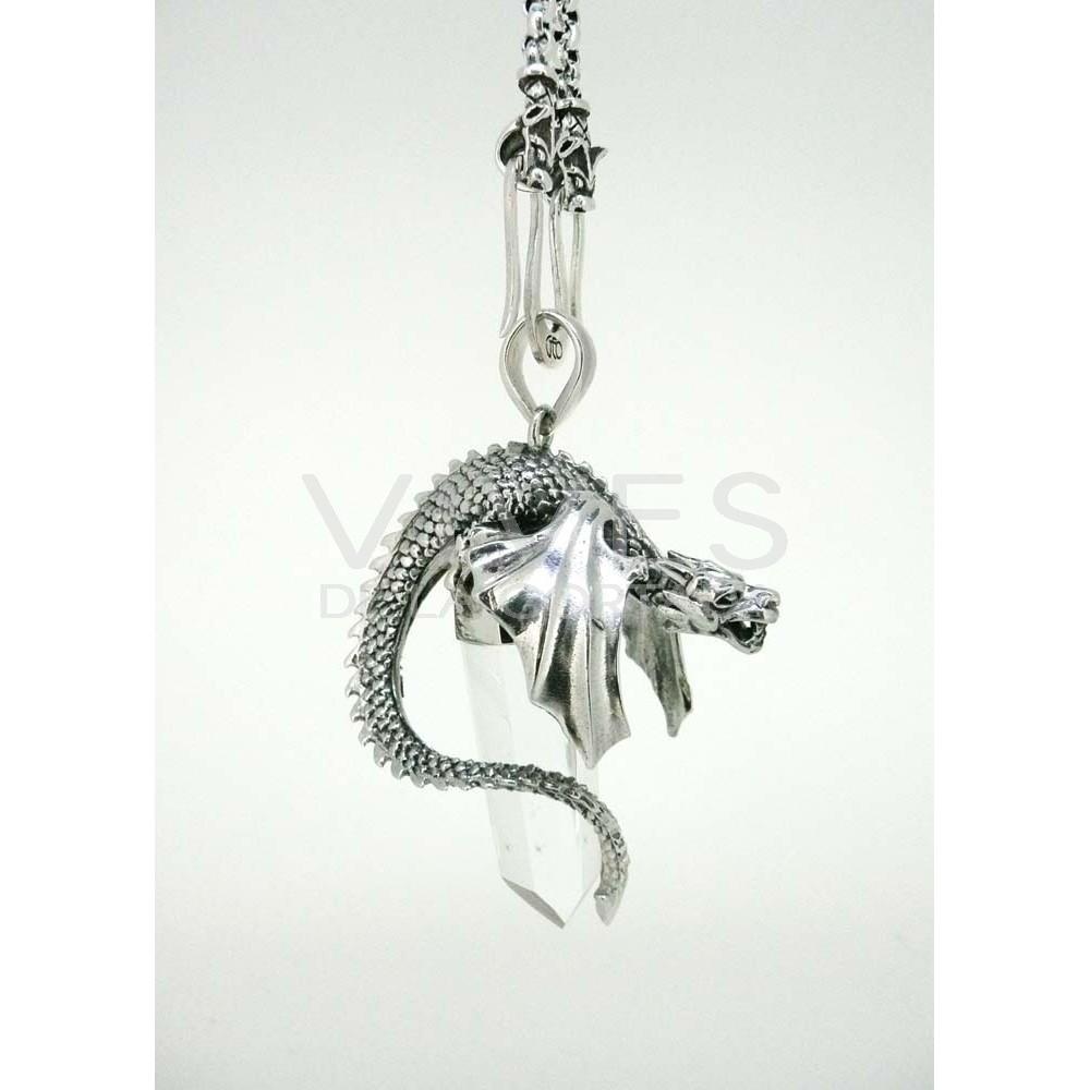 Amatista Baño Feng Shui:Colgante dragón inclinado con alas cerradas en plata y cuarzo – Venta