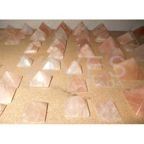 Pirámides Pulidas de Cuarzo Rosa. Calidad A.