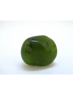 Rodados de vesubianita (idocrasa) piezas de 12 a 16 gramos